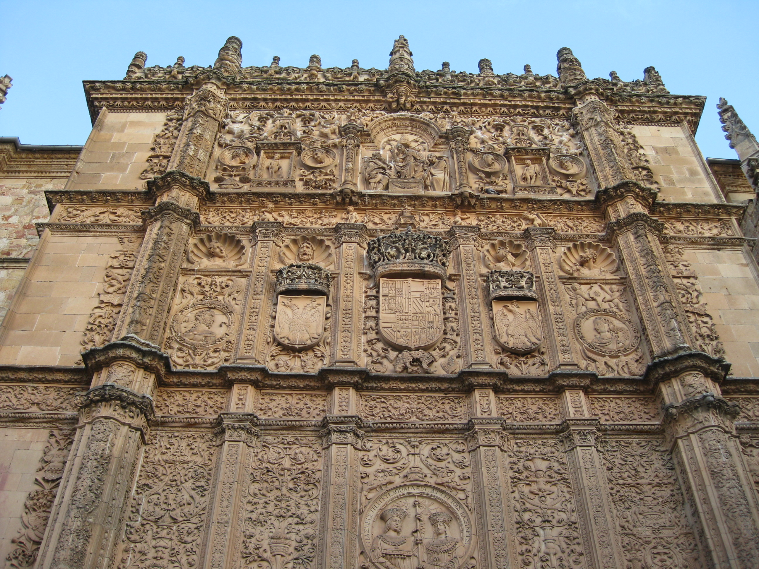 3 mysterious hidden carvings in salamanca cultural - On salamanca ...
