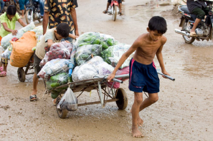 Child labor in Southeast Asia. Photo: http://ki-media.blogspot.com