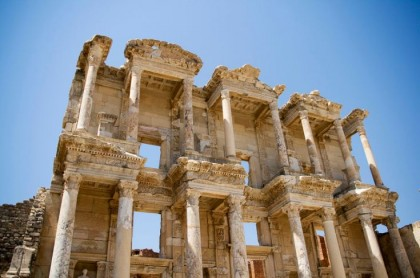 Library of Celsus. Photo: Murat Zeytin.
