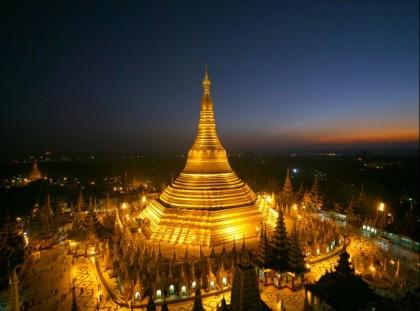 Shwedagon Pagoda. Photo: http://worldsincredible.blogspot.com