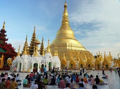 Shwedagon Pagoda. Photo: http://blog.travelpod.com