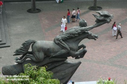 Naked sculpture of Simon Bolivar at Pereira, Colombia. Photo: http://travel.mongabay.com
