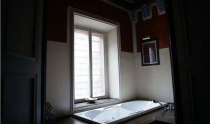 Casa Vicens, bathroom. Photo: casavicens.es
