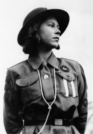 The Diamond Jubilee. Princess Elizabeth attired in the uniform of a first aid patrol leader, photographed in Windsor Great Park on 17 August 1943. (AP Photo). Photo: www.2012queensdiamondjubilee.com
