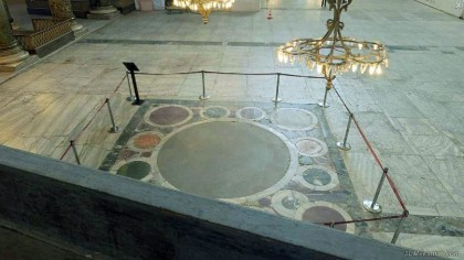 Coronation square. Photo: http://www.3dmekanlar.com