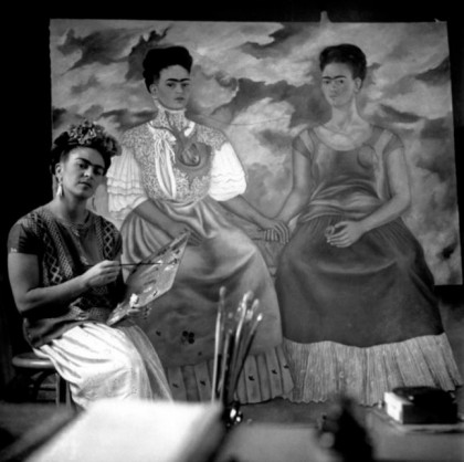 Mexico City. Photo of Frida painting The Two Fridas, by Nickolas Muray. Source: http://artblart.com