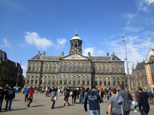 Amsterdam, Dam Square. Photo: Elsa thomasma